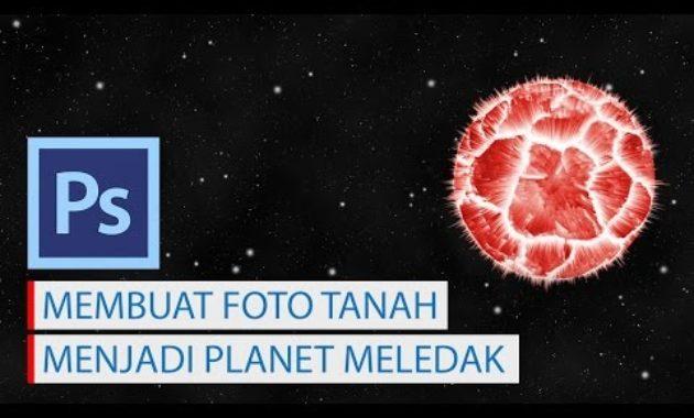 Manipulasi foto tanah retak menjadi planet meledak